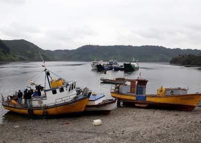Refuerzan medidas sanitarias ante marea roja en isla de Chiloé