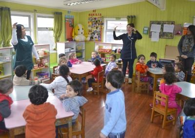 """fac4f3b0eb Puerto Montt: Niños disfrutaron del programa """"Vacaciones en mi Jardín"""" de Fundación  Integra"""